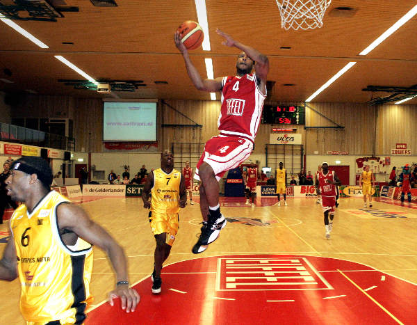 """basketbal Eiffel Towers-Ventpils, debacle