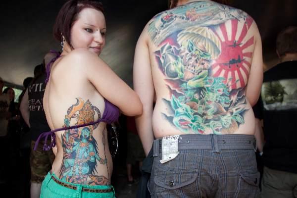 "\""Nijmegen, 3-7-2010 . Fortarock, park Brakkenstein.prachtige tattoos\"""