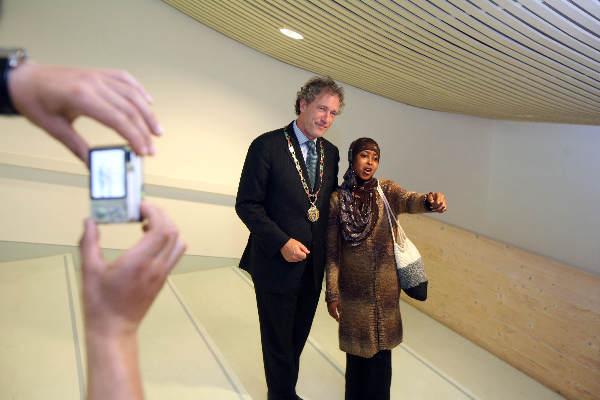 """""""Naturalisatiedag, (Tweede) In het Valkhofmuseum met oa. burgemeester Thom de Graaf"""""""