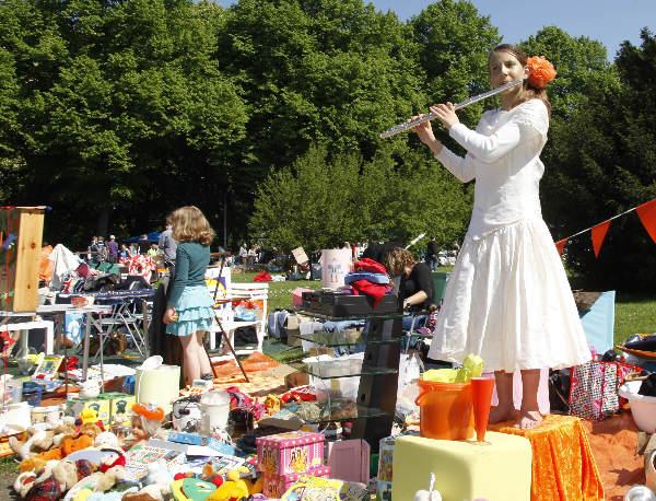 "\""Koninginnedag 2009,vrijmarkt Goffertpark\"""