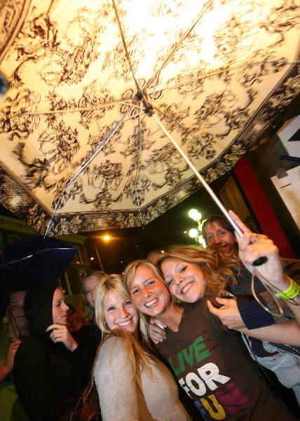 """""""5-studentenverenigingen feest in Kolping huis , introduktie 2007 studenten RU. met oa. Paaldansen"""""""