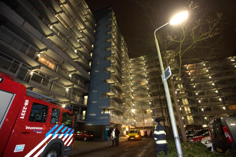 "\""Koperdieven sloegen toe in Zwanenveld 20ste straat. Flat ondergelopen... en hele avond zonder water...rara. Nijmegen, 26-2-2013 . dgfoto.\"""