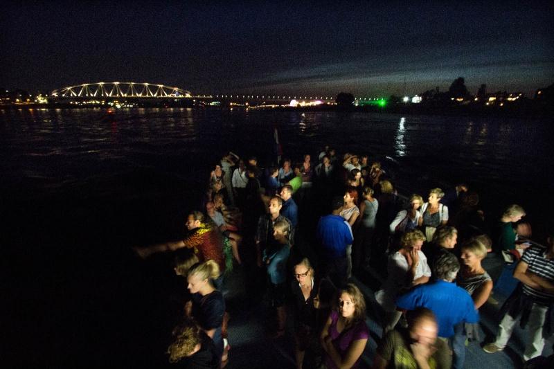 Vanaf de Waal. Zomerfeesten, Vierdaagsefeesten, Vierdaagse, . Nijmegen, 18-7-2013 . dgfoto.