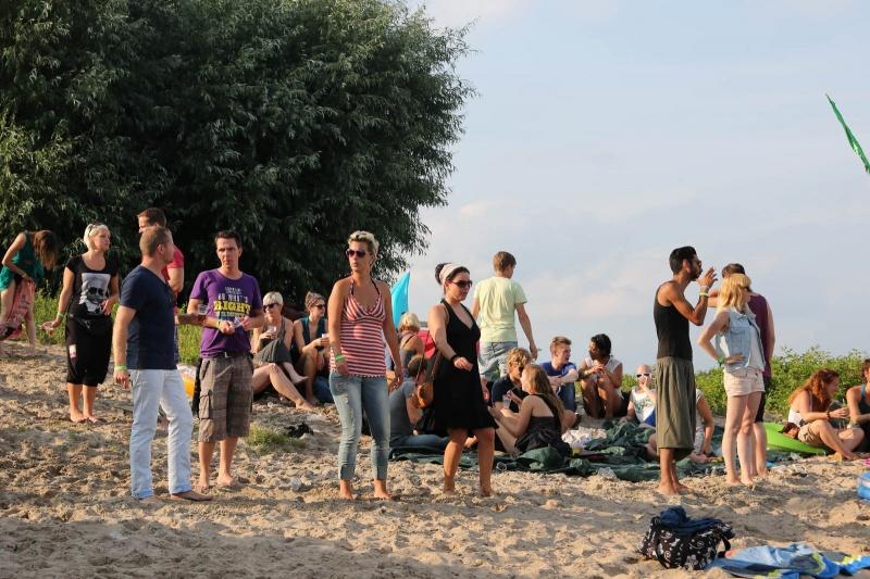 Bij De Sprok in Bemmel is voor het eerst het minidancefestival Lariekoek.van de organisatoren Jesse & Manon. Nijmegen, 28-7-2013 . dgfoto. dance, house simone