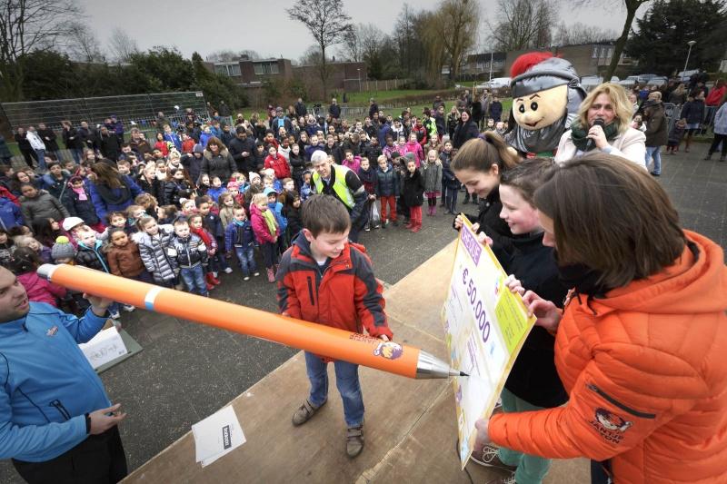 opening Gezond Schoolplein Brede School de Dukendonck, Tolhuis. Nijmegen, 10-2-2014 . dgfoto.