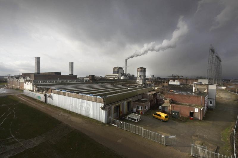 Vasim en Nyma gebouw Kelko. Nijmegen, 29-1-2015 . dgfoto.
