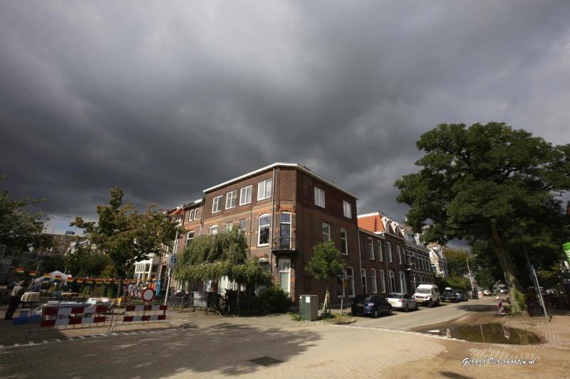 Straatfeest Regentessestraat met buur en buren uit de straat. Nijmegen, 23-9-2015 . dgfoto.