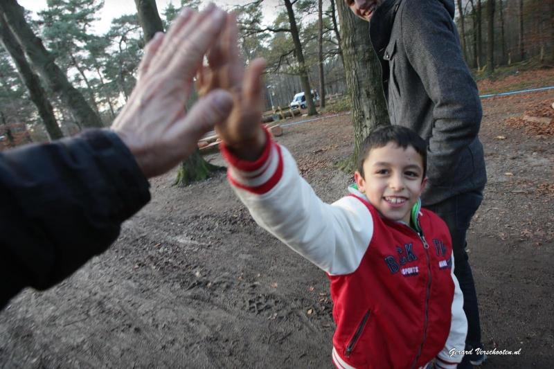 Speeltuin met glijbaan voor kinderen bij Vluchtelingenkamp Heumensoord. Nijmegen, 23-11-2015 .