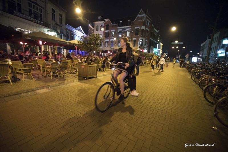 portiers in de stad, die allemaal niet op de foto willen... Nijmegen, 27-5-2016 .