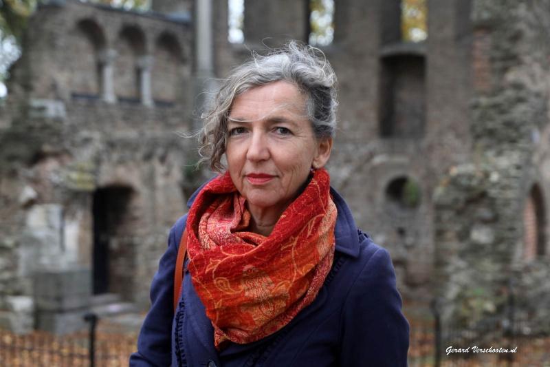zangeres Rian van Nieuwkuijk die haar 12,5 jarig jubileum viert. . Nijmegen, 3-11-2016 .