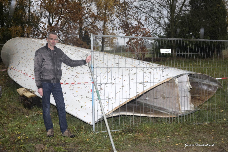 Windmolens rand Nijmegen kunstenaar die. Nijmegen, 7-11-2016 .