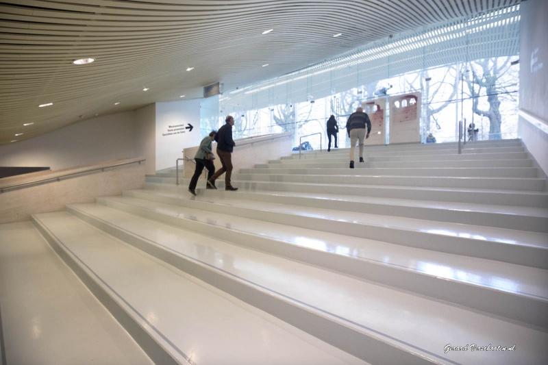 interieur/trappartij van museum Het Valkhof. Nijmegen, 1-12-2016 .