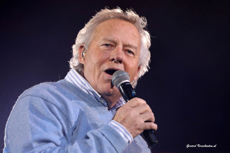 Megapiratenfestijn in Gelredome met Frans Bauer, Luv, Jacques Herb, Wolter Kroes, Koos Albers e.a.. Nijmegen, 10-12-2016 .