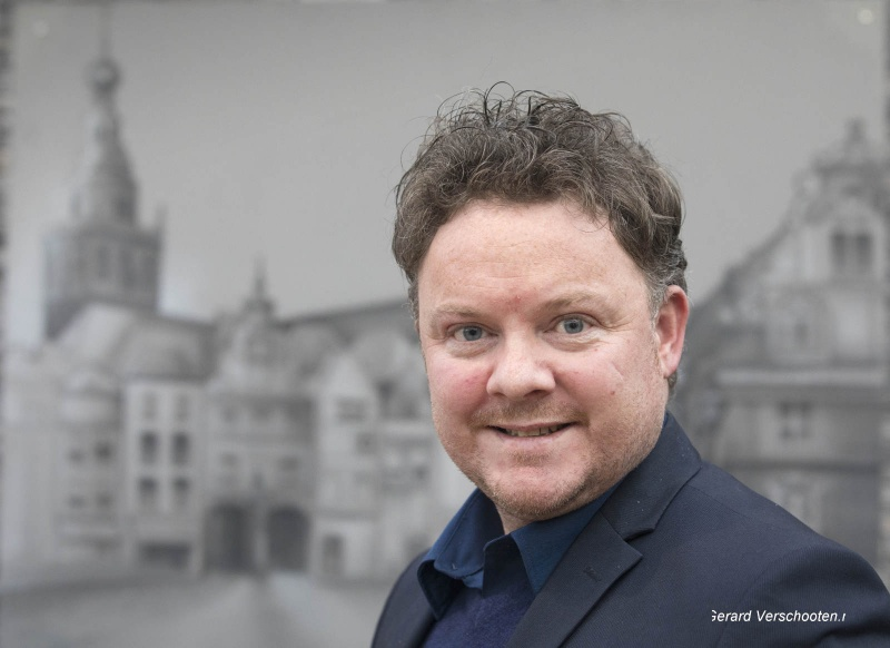 Gert Jan Wels, Schlagerzanger. Nijmegen, 2-3-2017 .