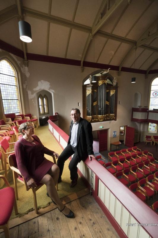 Lutherse kerk, hoek Daalseweg, Canisstraat, dominee, Gerald, orgel en Haarlems raam. Nijmegen, 3-10-2017 .