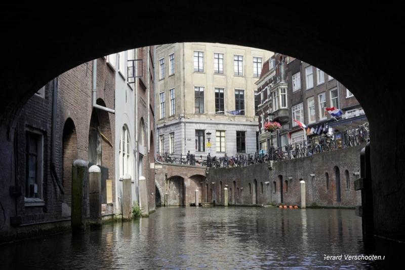 Kanovaren met de familie op de kanalen van Utrecht, 6-9-2017 .