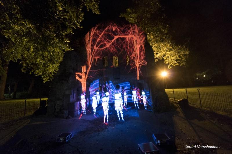 Kunstnacht, projectie bij de Ruine in het Valkhofpark. Nijmegen, 24-9-2017 .