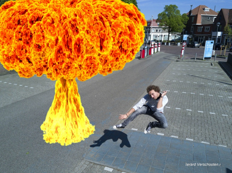 Tim Smits, Natuurkundestudent heeft sf filmpje gemaakt... nu 7 jaar later. Nijmegen, 30-4-2017 .