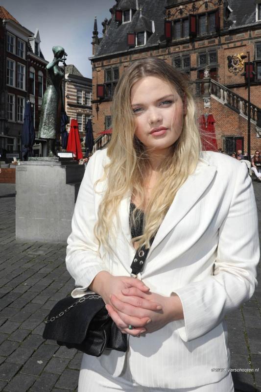 Isadee Jansen uit Nijmegen heeft gisteren modellenprogramma Curvy Supermodel gewonnen. Een modellenwedstrijd voor de vollere modellen. Nijmegen, 17-4-2018 .