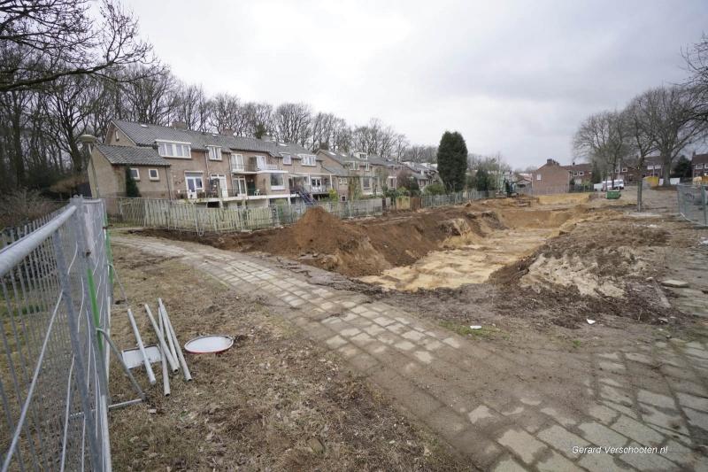 gevonden resten oude begraafplaats bij sloop lijsterbesstraat en Ahornstraat Oost. Nijmegen, 29-3-2018 .