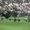 Sponsorloopdoor leerlingen stedelijk Gymnasium in Kronenburgpark voor overleden klasgenoot. Nijmegen, 23-4-2013 . dgfoto.