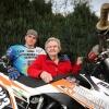 Oma van Fren Fick moest aanvankelijk niets van de sport van haar kleinzoon hebben. Maar nu is ze om. Mill, 23-4-2013 . dgfoto.