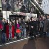 Jac Splinter levert de lijsten van de Creatieve Partij Nijmegen in bij de Stadswinkel. Nijmegen, 3-2-2014 . dgfoto.