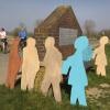 kinderbeeldengroep rand Ooijpolder. beeldengroep van kinderen ter hoogte van hollands-Duitsch Gemaal is door onbekenden beschilderd.  Nijmegen, 13-3-2014 . dgfoto.