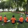 In het kader van hun opleiding en World Peace possible en in de hoop dat Nederland wint mediteerden 65 docenten in opleiding van de Zen.nl -school in het Valkhofpark. Nijmegen, 21-6-2014 . dgfoto.