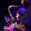 15.30 – 16.30:  Mayra Andrade (Cabo Verde)17.15 – 18.15:  Kassé Mady Diabaté (Mali)19.15 – 20.15 Emile Parisien & Vincent Peirani (Frankrijk)21.00 – 22.00:  Metá Metá (Brazilië. Music Meeting xs in Doornroosje. Nijmegen, 30-11-2014 . dgfoto.