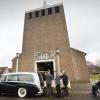 Begrafenis van de 16 jaar lang vermist geweest zijnde Jos Mahler, Doornenburg 21-3-2015 . dgfoto.