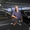 Bert Story, Wim van Buren, BMW. Autoverkoper, 40 jaar in t vak. Nijmegen, 29-10-2015 .