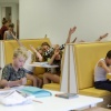 de rode Buurt, basisschool aan de Hugo de Grootstraat met kinderkollegezaal, leerplein, bewegend leren, leertrein, Frank weet er alles van. Nijmegen, 15-9-2016 .