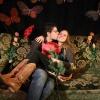 Etravaganza. Op de sofa bij het nieuwjaarsfeest in de Vasim. Zie serie: album Extravaganza Nieuwjaarsparty 2007