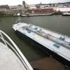 """""""Vrachtschip van 124 meter, tankt biodiesel bij Koole. enorme gevaarte sluit bijna de hele haven af, aldus de havenmeester."""""""